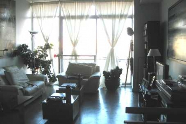 Listing district lofts 388 richmond st west select condos for 388 richmond terrace